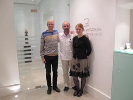 Dra. Kristina Rasteniene, su esposo y el Dr. Fernández.