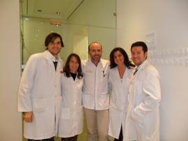 Estudiantes con el Dr. Leandro Fernández.