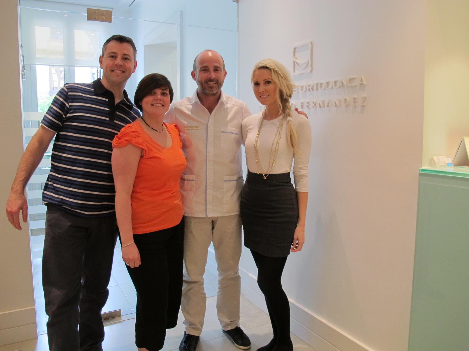 Eddie Harris, Lucy Evans, Dr. Fernández y Emma Rodway.