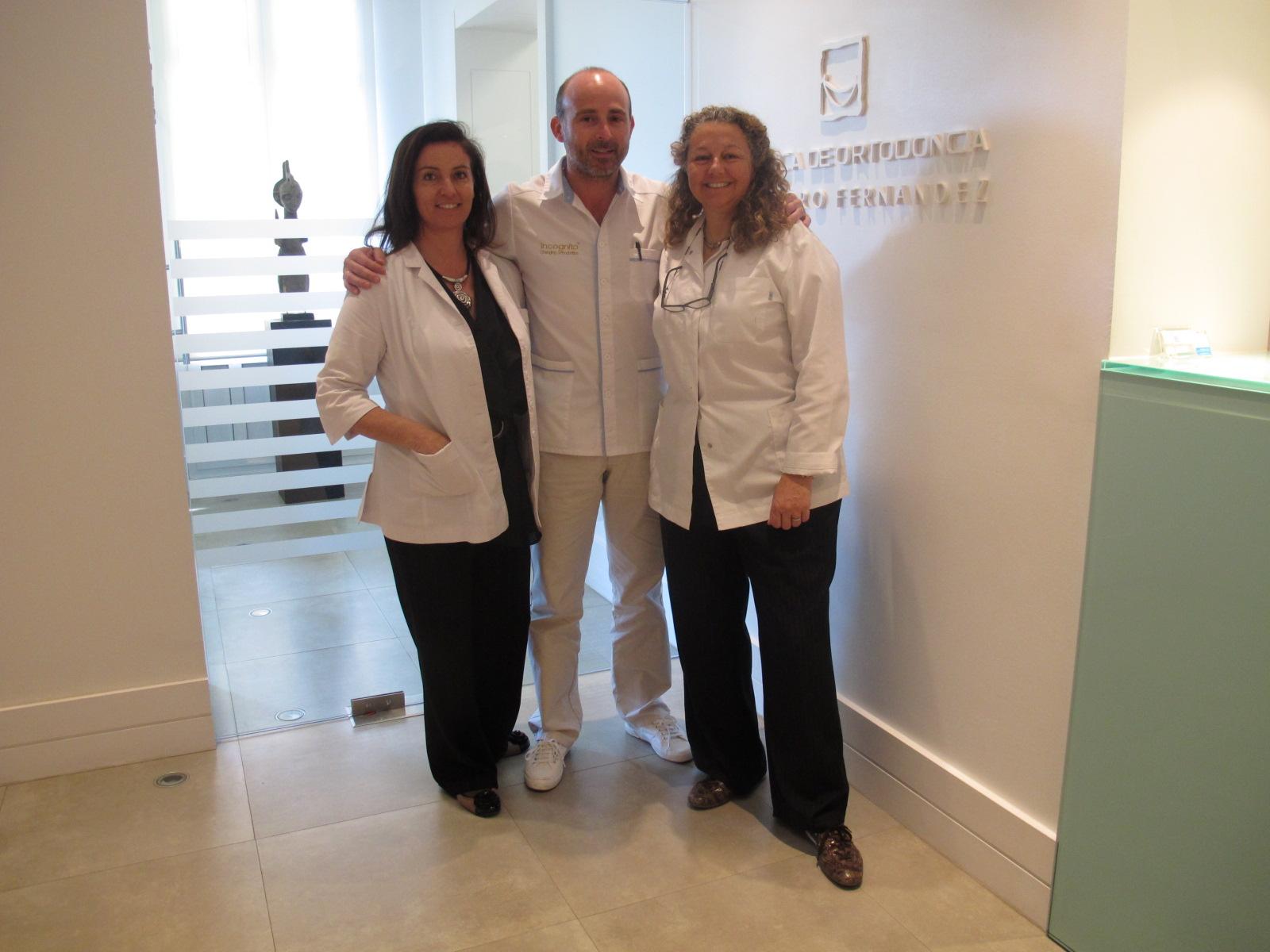 Dra. Emma Serra, Dr. Leandro Fernández y Dra. Ana Molina.