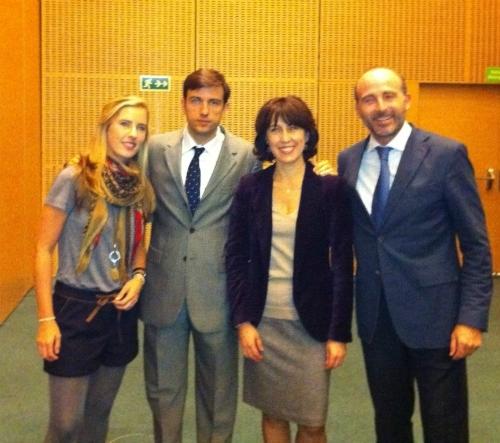 Dra. Rocío Gómez de la Cruz, Dr. Vicente Sada, Dra. Magali Mujagic y Dr. Leandro Fernández.