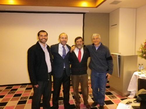 Dr. Leandro Fernández junto a invitados al curso.