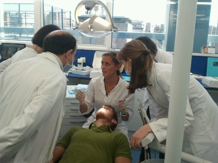 The guest doctors working with patients II.