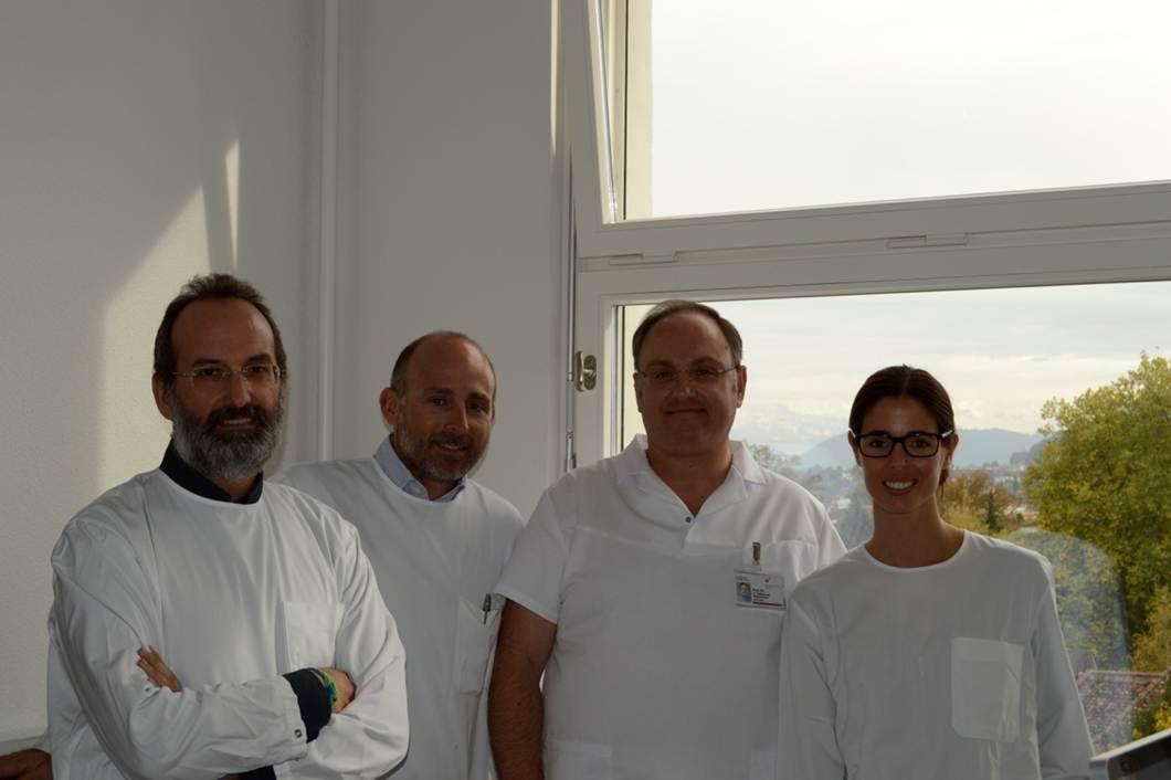 Dr. Victor Nieto, Dr. Leandro Fernández, Dr. Kristos Katsaros y Dra. Belén Solano.